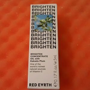 Red Earth Brightening concentrate oil
